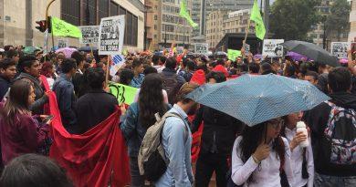 Protesta estudiantil en Bogotá para impactar la movilidad y el viaje en hora punta